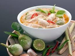 Carne al curry tailandesa (KAENG PHED NUA)