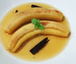 Plátanos asados al ron