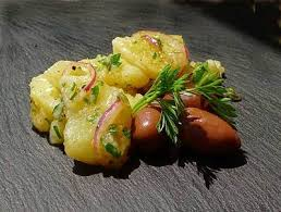 Ensalada de patatas aromáticas