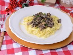 Espaguetis con colmenillas