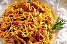 Colchón de tomate con pasta