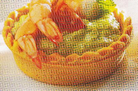 Tartaletas de guacamole y langostinos