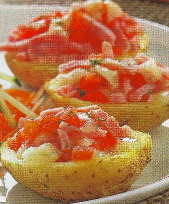 Patatas al microondas con jamón y queso