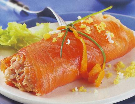 Rollitos de salmón, rape y patatas