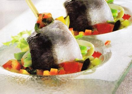 Sardina marinada con judías verdes y vinagreta de verduras