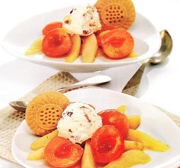 Albaricoques y peras en almíbar de pimienta