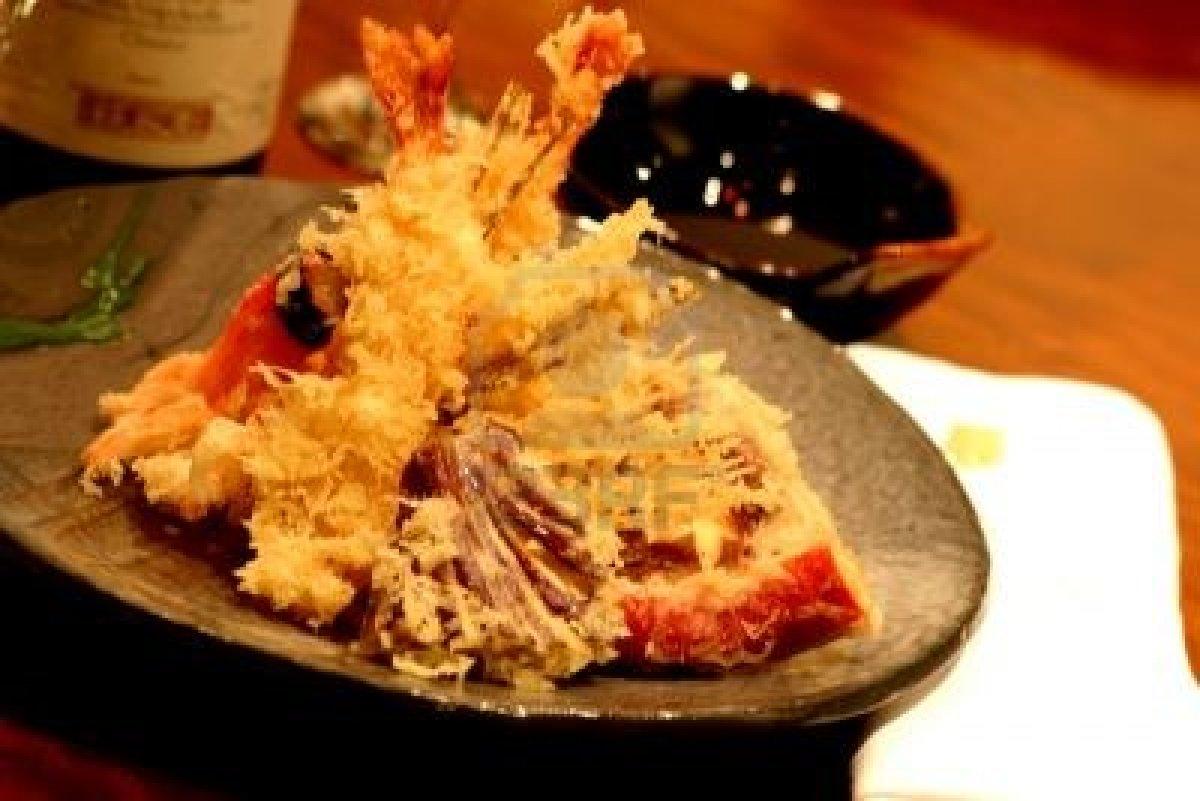 La tradición japonesa dela tempura: masa y salsa