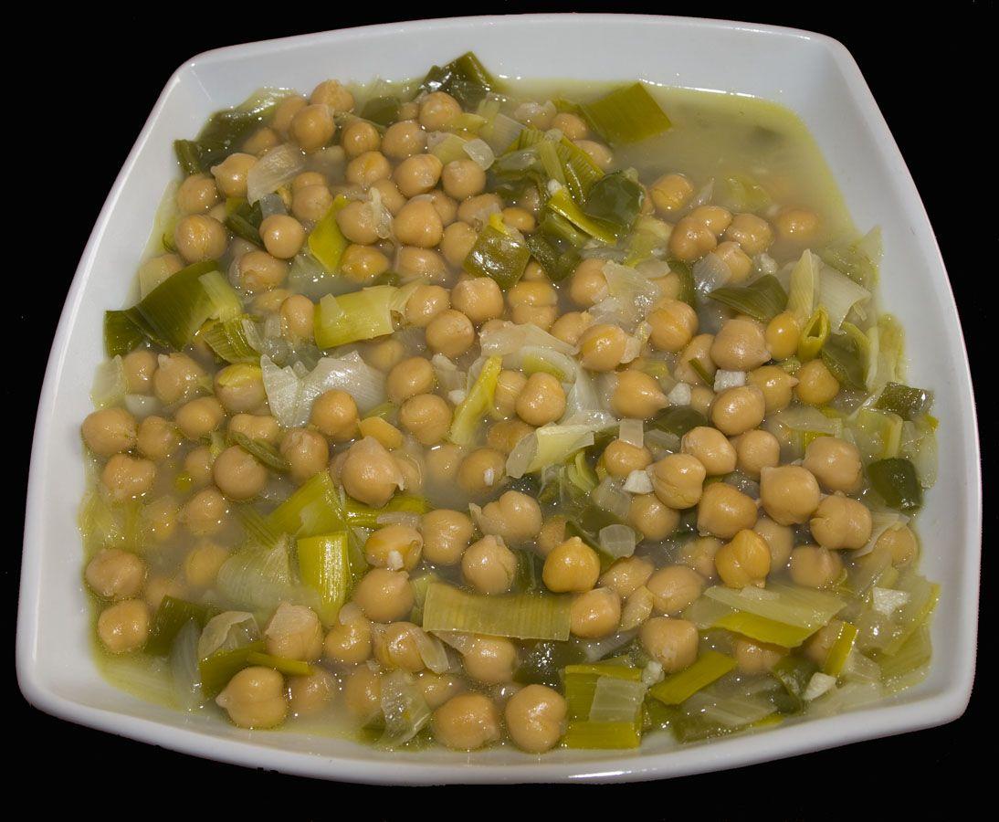 Receta de garbanzos con acelgas recetas de cocina for Cocina 5 ingredientes jamie